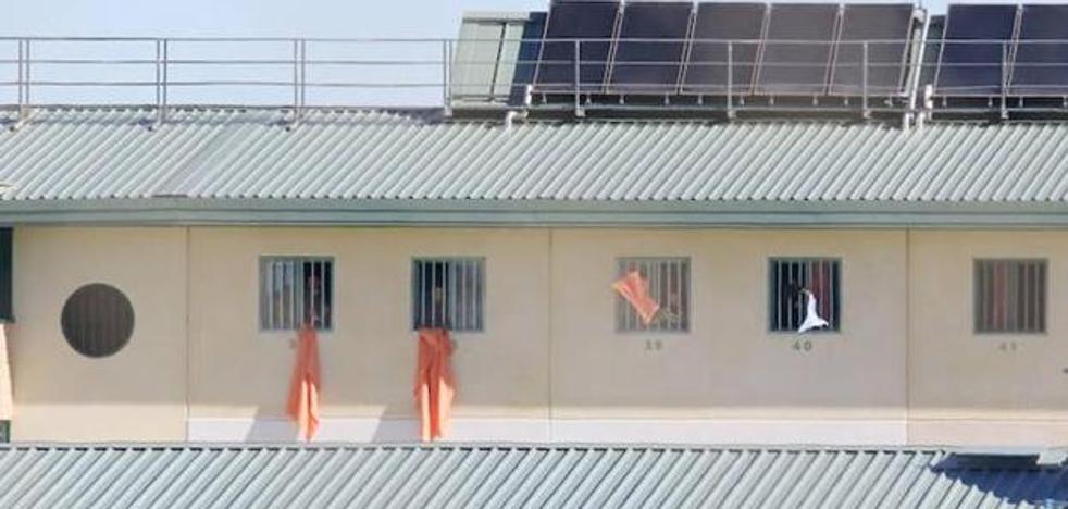 Autorizan el traslado a Murcia de un joven interno en la prisión de Archidona