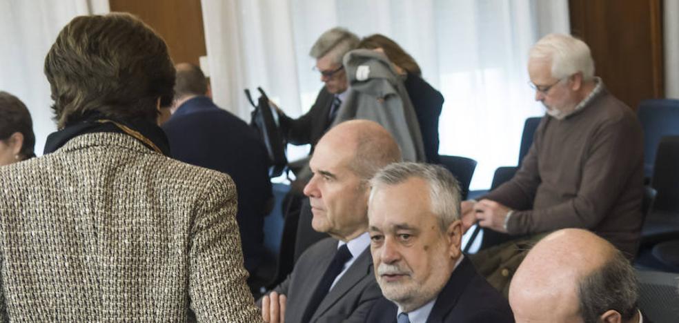 Magdalena Álvarez pide la exclusión del delito de asociación ilícita en el juicio de los ERE