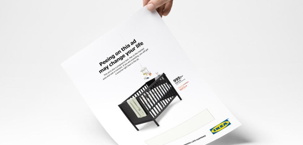 Orina sobre una publicidad de Ikea: si estás embarazada te rebajan la cuna