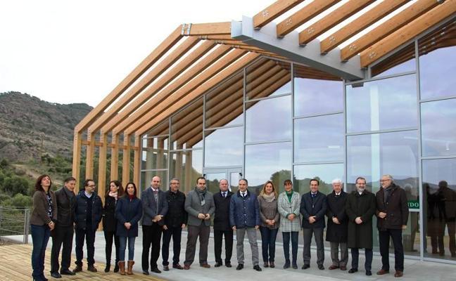 Concluyen las obras del centro de recepción de visitantes del Caminito del Rey