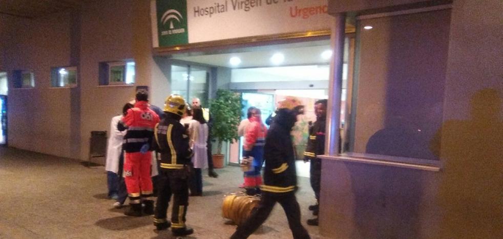 Una colilla mal apagada en unos aseos provoca un pequeño incendio en el Hospital Clínico