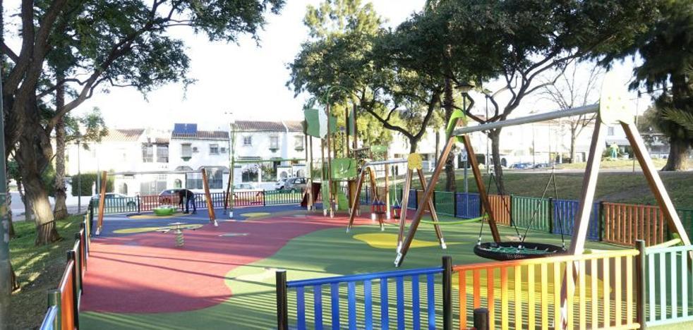 Nuevo parque infantil en Teatinos