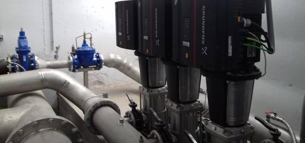 Nerja quiere poner orden en el suministro de agua a una cuarta parte de sus viviendas