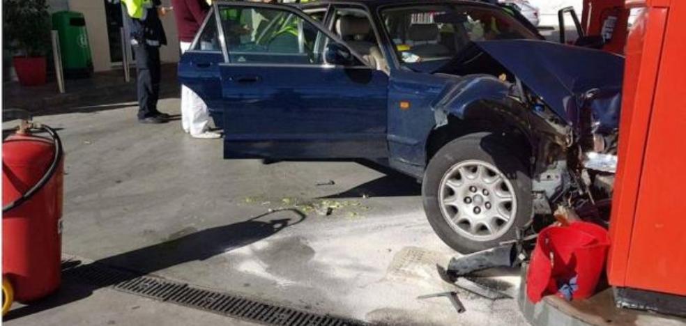 Aparatoso accidente de Olivia Valère en una gasolinera de San Pedro