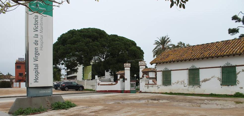 Usuarios y trabajadores reclaman una reforma integral del Hospital Marítimo de Torremolinos