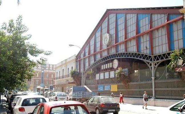 El Ayuntamiento de Málaga no encuentra sitio para reubicar la antigua marquesina de la estación