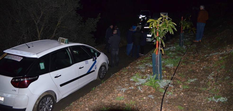 Muere un trabajador del Ayuntamiento de La Viñuela tras volcar su furgoneta