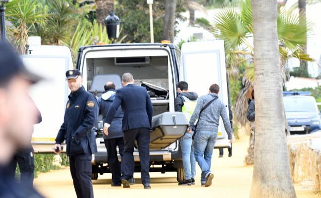 Arrestan al marido de Rebecca Muldoon al estar buscado en su país por un delito económico