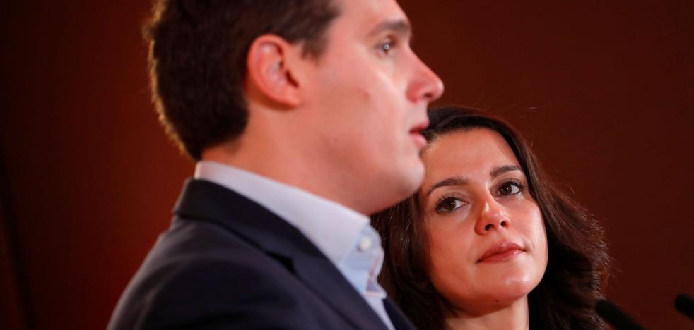 Oltra: «Si Arrimadas fuera hombre ya disputaría el liderazgo a Rivera»