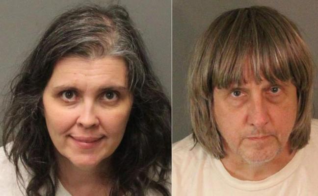 Detenida una pareja en California que tenía a sus 13 hijos encadenados y malnutridos
