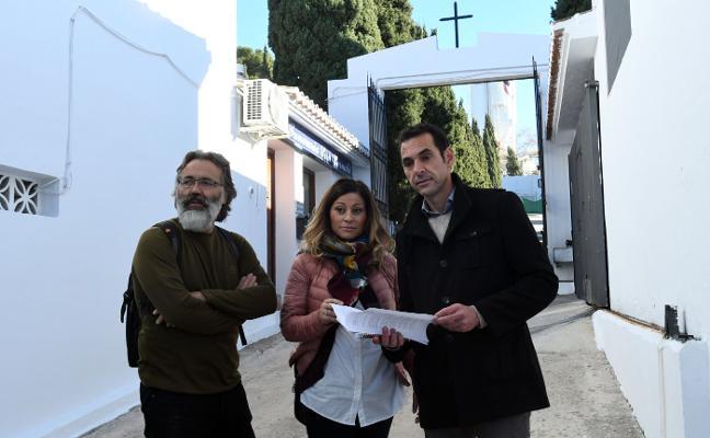 IU exige que la concesionaria de los cementerios cumpla el plan de inversiones