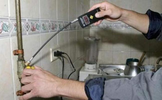 Detenidos dos falsos revisores del gas por estafar a ancianos de Marbella
