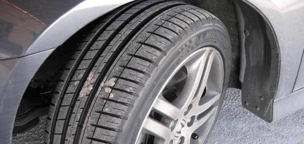 El plan imperfecto de cuatro amigos: simular una colisión de coches para repartirse el seguro