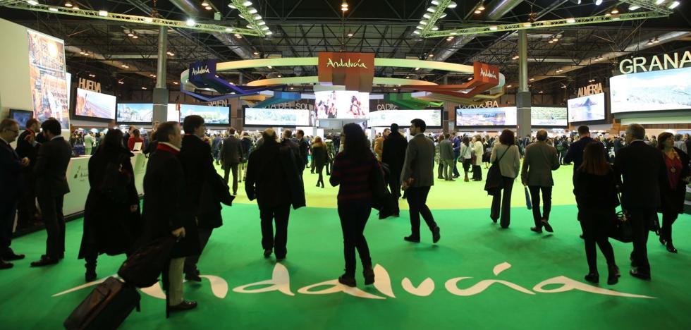 Andalucía alcanzará este año los treinta millones de turistas previstos para 2020