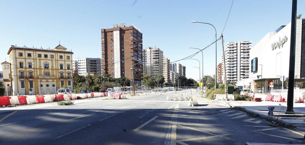 La Junta lleva ya seis meses para decidir qué empresa terminará el metro en El Corte Inglés