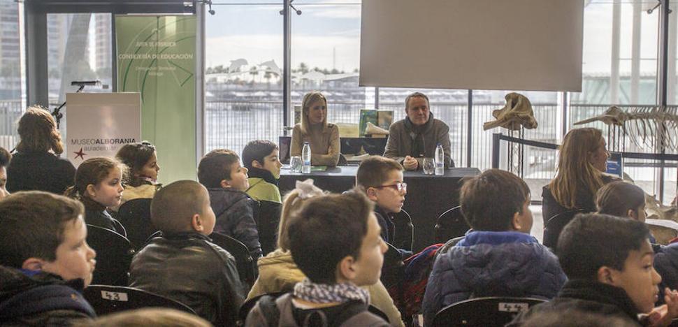 El CEIP Antonio Machado de Estepona recibe el premio a la mejor experiencia educativa sobre residuos y reciclaje