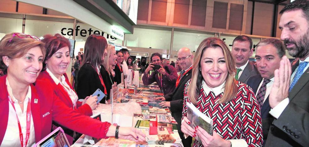 La Junta regulará la capacidad de carga de turistas de los destinos andaluces