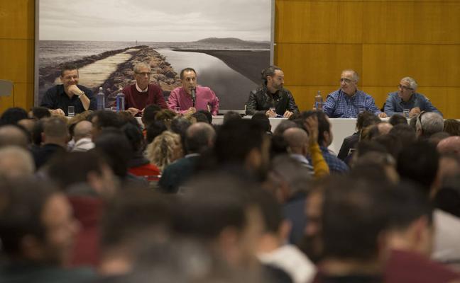La plantilla de Limasa acuerda movilizaciones en la calle sin contemplar una huelga