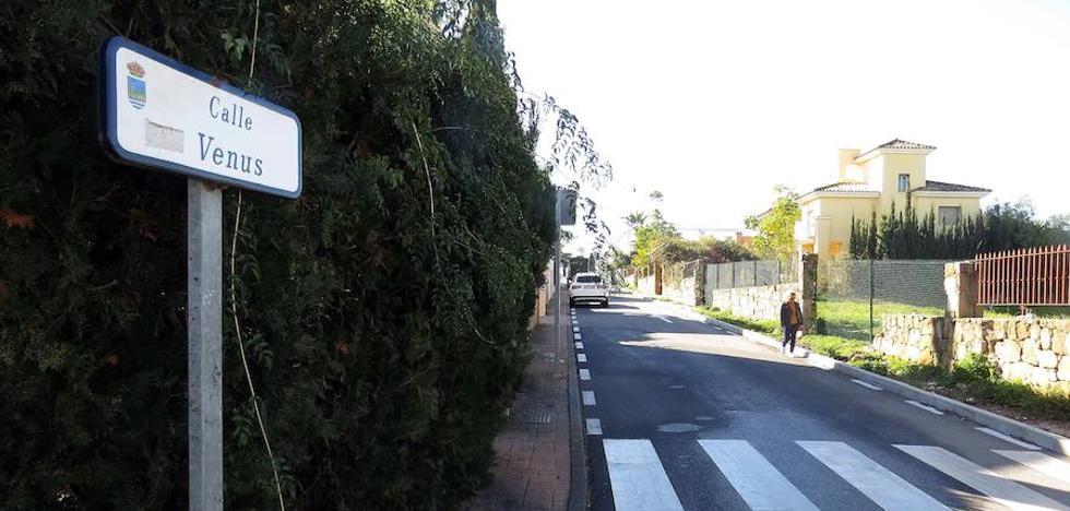 En estado crítico una mujer tras ser golpeada con una olla en la cabeza en Estepona