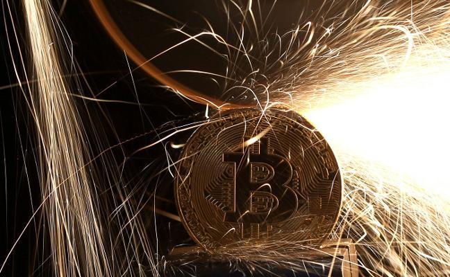 Hacienda estrecha la vigilancia sobre el 'bitcoin' y las plataformas 'online'