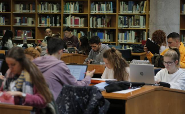 Expertos ayudan a los universitarios a superar la ansiedad ante los exámenes