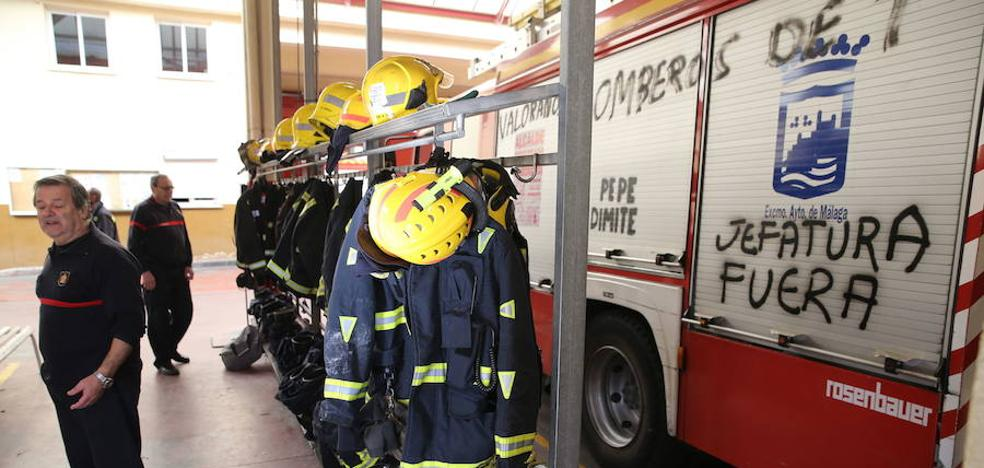 El Ayuntamiento de Málaga suspende diez días a dos bomberos por «perturbar el servicio»