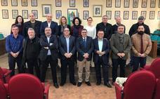 Alcaldes socialistas exigen una conexión ferroviaria de altas prestaciones también hasta Nerja