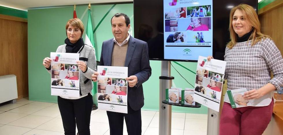 La Junta denuncia que el Gobierno central adeuda a Málaga casi 100 millones de euros por la Ley de Dependencia