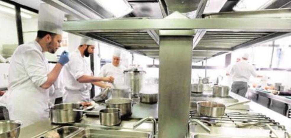 La Junta reitera que la apertura del restaurante de La Cónsula está pendiente de la publicación de los precios