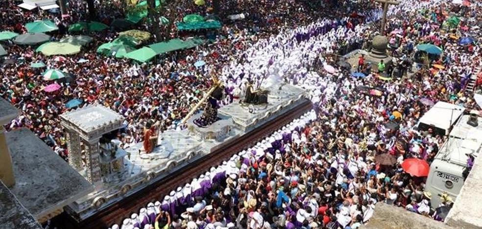 Semana Santa en el mundo: Procesiones por Nueva York, tronos de 30 metros en Guatemala…