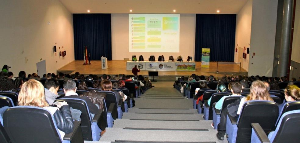 La Universidad ingresa un millón de euros por el alquiler de sus instalaciones