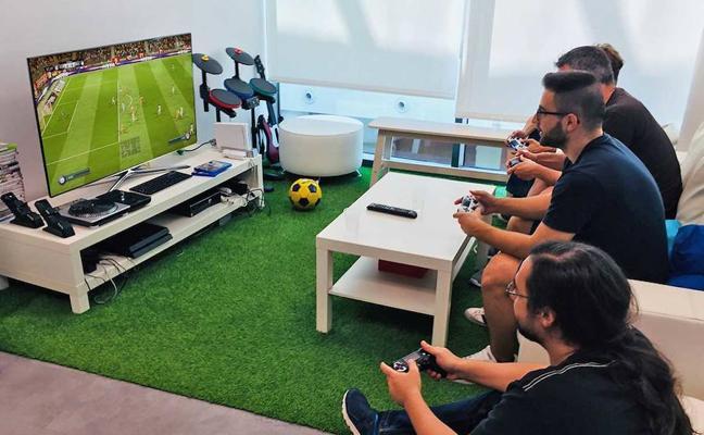 Málaga busca su hueco en la industria de los videojuegos