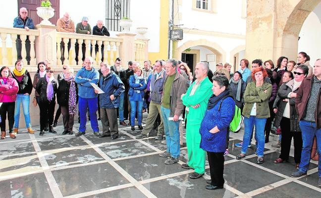El Ayuntamiento de Cortes de la Frontera pone las nóminas de sus empleados al día
