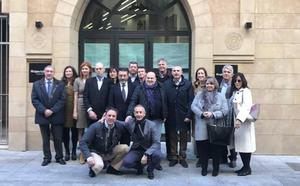 El Foro de Turismo de Málaga aprueba que los galardones que otorga este sector lleven el nombre de Antonio Garrido Moraga