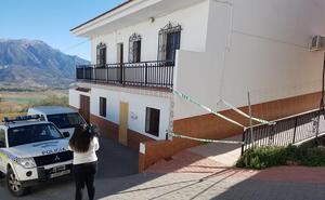 Los vecinos de María Adela aseguran que conoció a su agresor por Internet