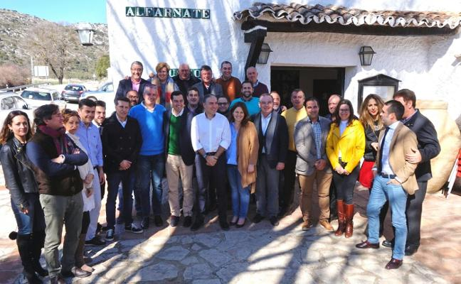El PP reclama a la Junta que solvente su «deuda histórica» con las carreteras de la Axarquía