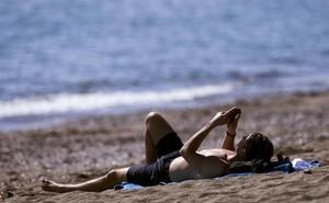 La llegada del 'terral de invierno' disparará los termómetros en Málaga hasta los 22 grados