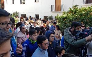 Minuto de silencio en Málaga y manifiesto contra la violencia de género en La Viñuela por el asesinato de María Adela