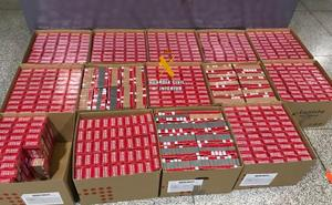 Intervienen 6.757 cajetillas de tabaco de contrabando en el aeropuerto de Málaga