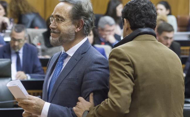 La Junta «exige» al Gobierno que suprima el peaje entre Sevilla y Cádiz