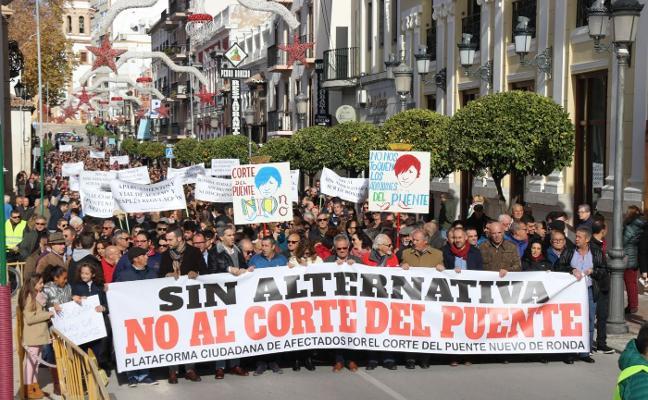 Organizan una segunda manifestación contra el cierre del Puente al tráfico en Ronda