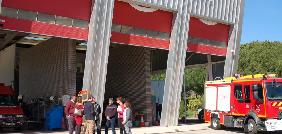 El PSOE denuncia falta de medios y personal en el parque de Bomberos de Estepona