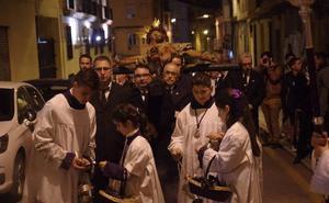Trasladan el Cristo de la Crucifixión a San Julián para el vía crucis oficial