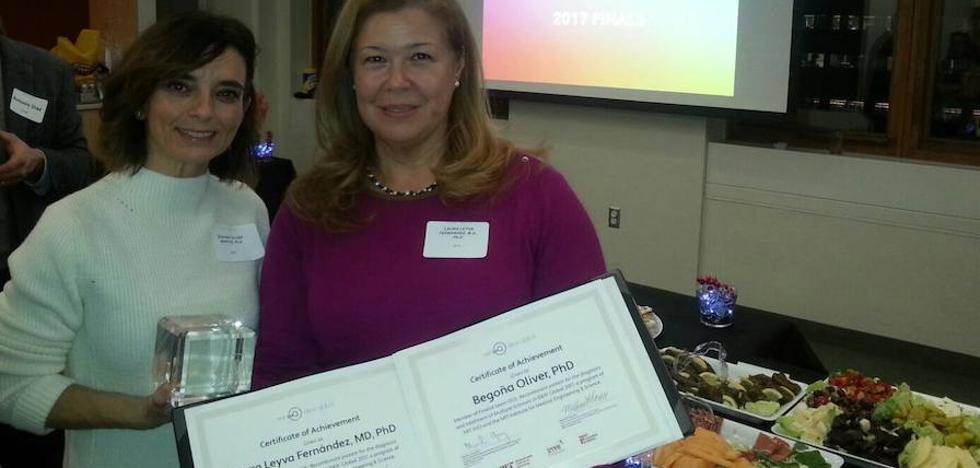 Investigadoras reciben un premio internacional por un estudio de la esclerosis múltiple