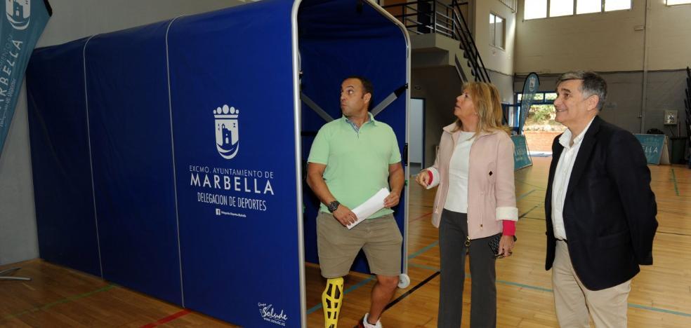 El pabellón Serrano Lima de Marbella estrena vestuarios tras su remodelación