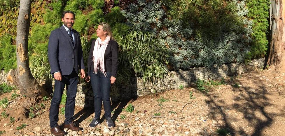 Dani Pérez aplaude la inversión en el muro del Cementerio Inglés que pidió en el pleno