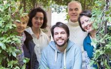 Sacan de la calle a hombres y mujeres sin hogar de Granada y les pagan el alquiler del piso