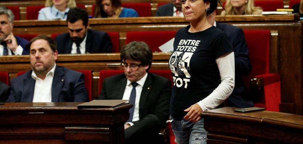 La presencia de Anna Gabriel en Suiza dispara la incertidumbre sobre los investigados del 1-O