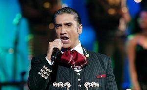 Alejandro Fernández actuará en Fuengirola este verano