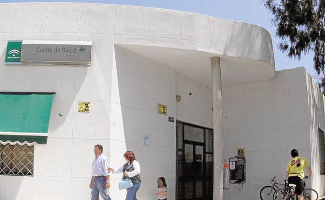 Se estudia dotar a El Palo de un centro de atención primaria y especializada